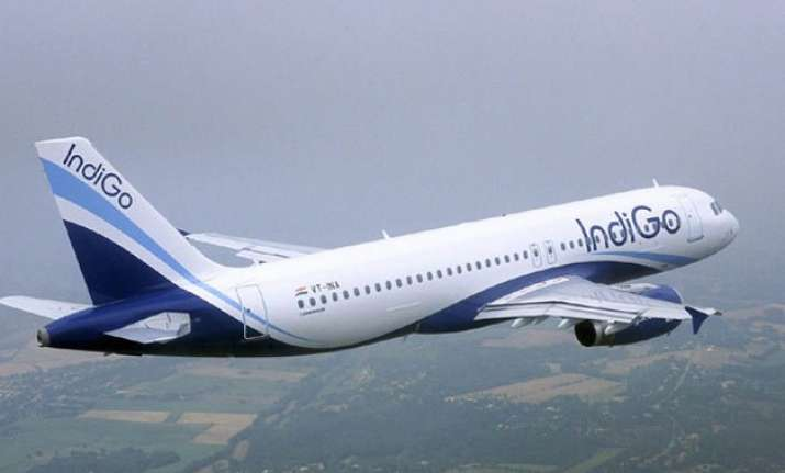 indigo offloads 70 passengers from flight for unruly