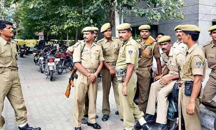 delhi police arrests 371 persons in 20 days for harassing