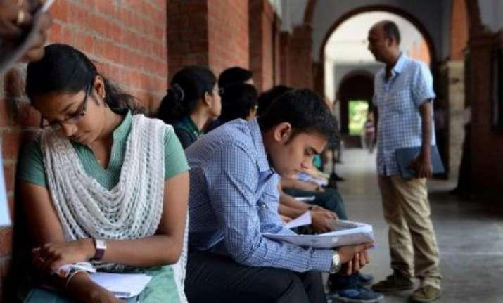 fyup laptops du asks colleges to ensure constructive use