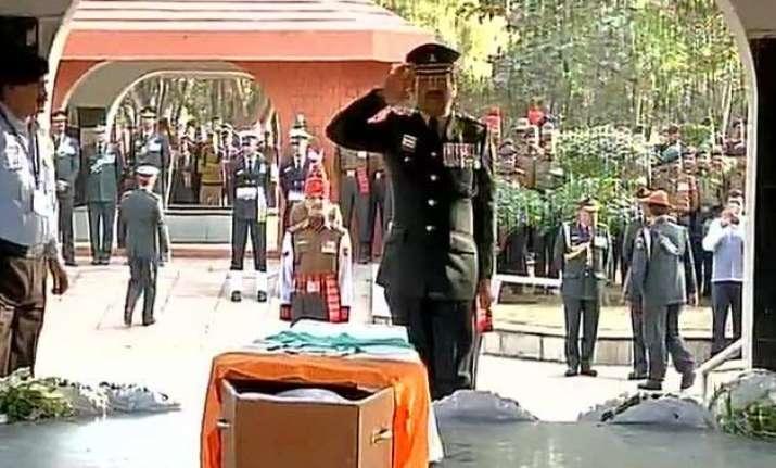 nation pays tribute to siachen braveheart hanumanthappa