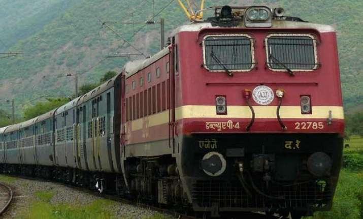 cbi suspects scam of over 4 000 crore in railways