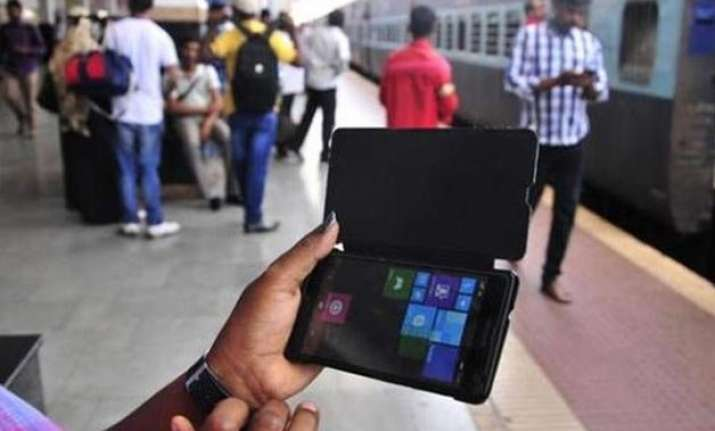 digital india railway broadband to touch half million homes