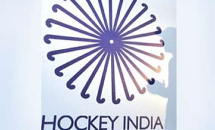 government derecognise hockey india