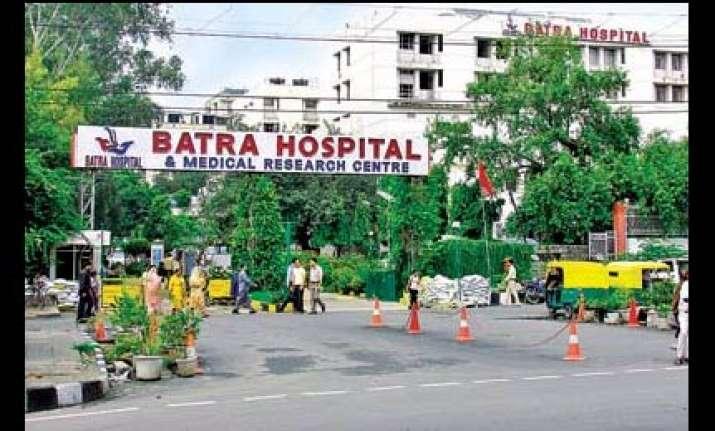 delhi hospital hr manager alleges molestation