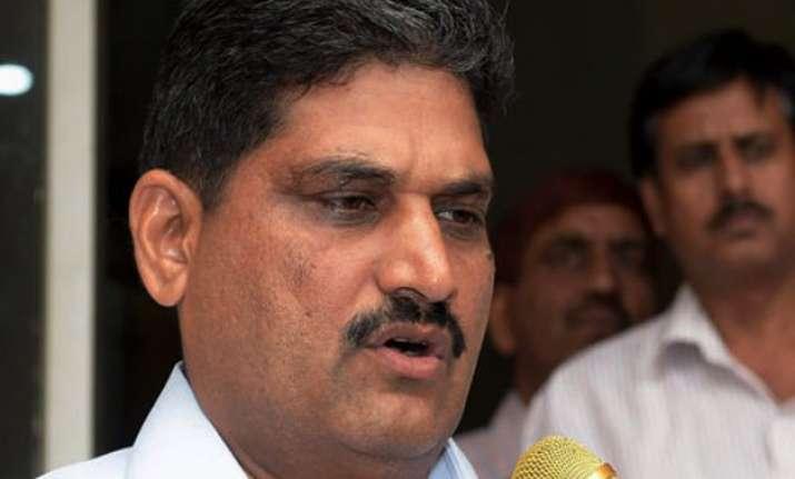 delhi government seeks contempt proceedings against acb