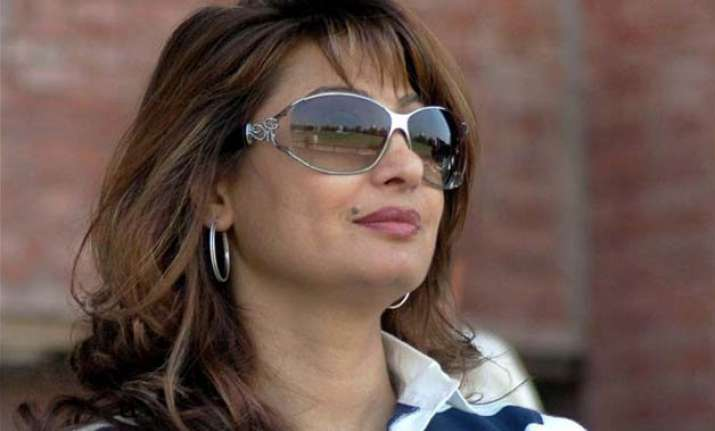 sit to probe sunanda pushkar s death shashi tharoor