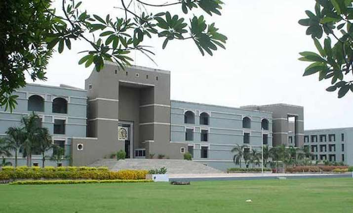 gujarat high court stays compulsory voting rule in civic