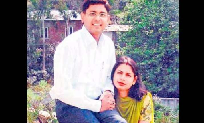 infosys manager kills wife for humiliating parents