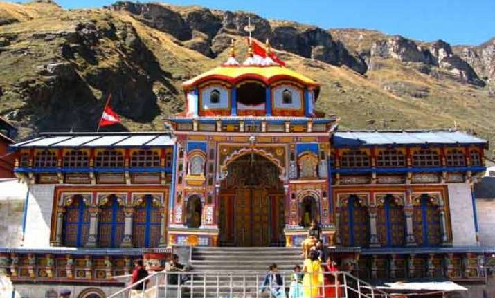 badrinath portals to be closed on november 17