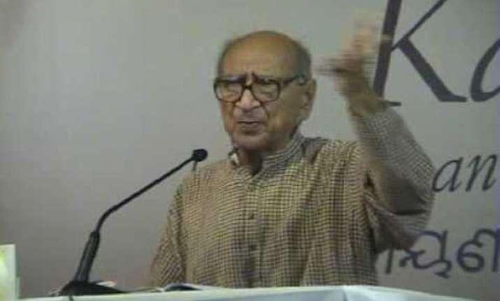 gandhian narayan desai dies at 90