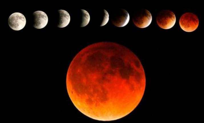 blood moon the last lunar eclipse of year to occur today
