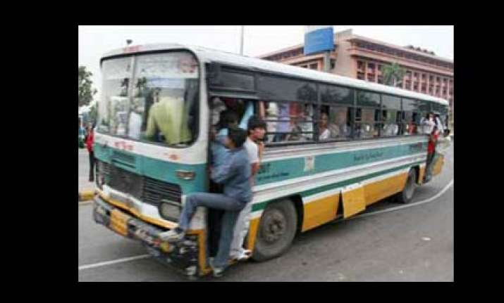 blueline buses to be off delhi roads from december 14