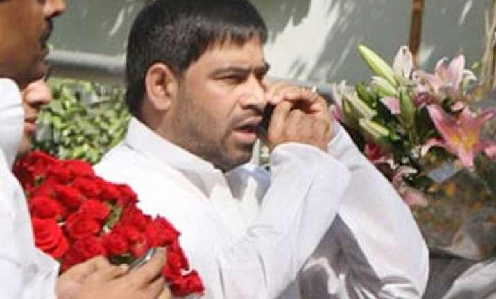 congress suspends sadhu yadav