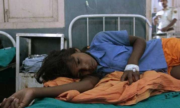 andra pradesh 17 girls hospitalised after having