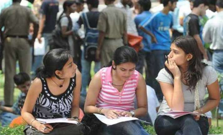 delhi university announces third cutoff list popular