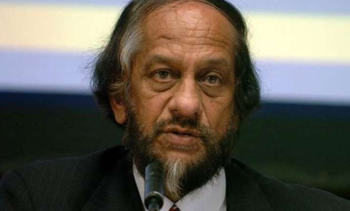 teri students refuse to accept degrees from rk pachauri