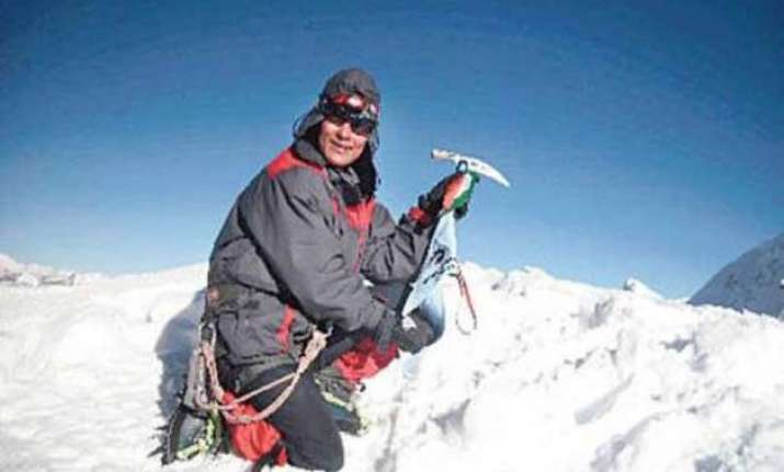 three time summiteer set for another stab at mt everest