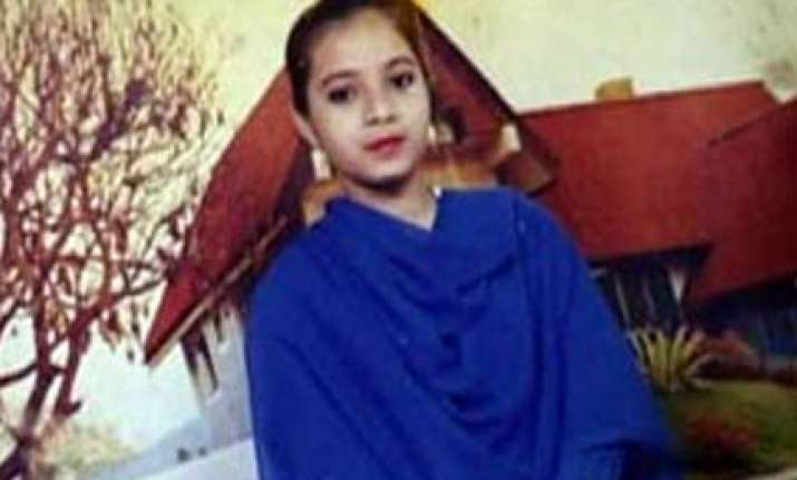 petition filed in guj hc seeking review of ishrat case order