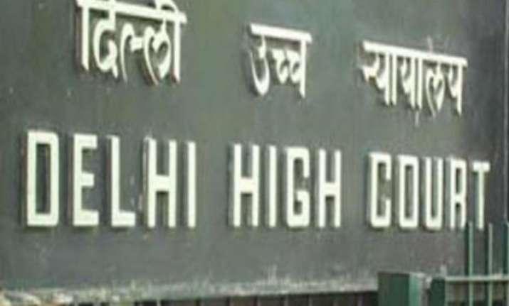delhi hc notice to centre on offloading greenpeace activist