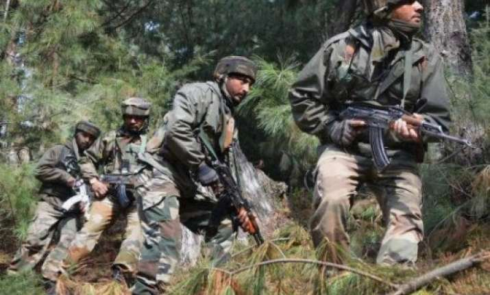 pakistan violates ceasefire along the loc in poonch jammu