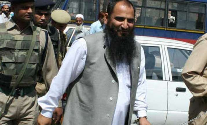 j k police add sedition charge to masrat alam s arrest