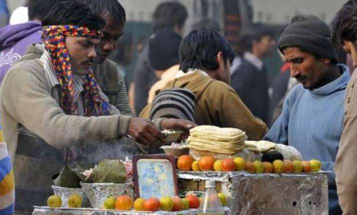 obama visit street vendors to be eyes and ears of delhi