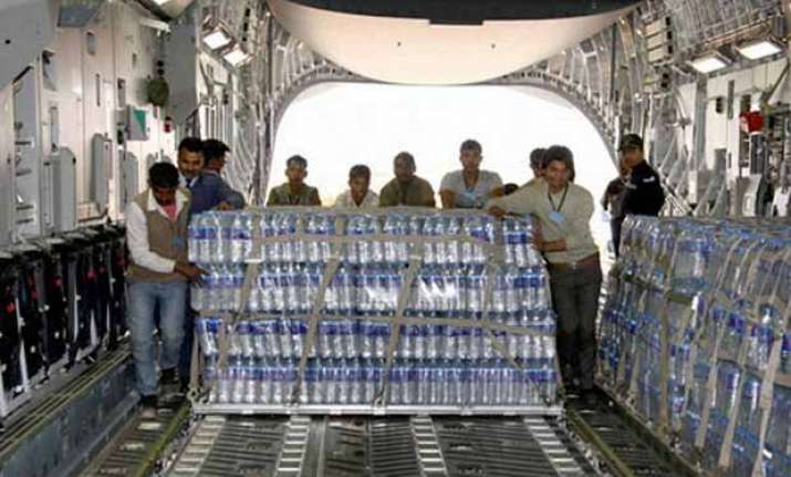 india sends rail neer water to earthquake hit nepal