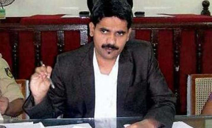 ias officer dk ravi was planning to raid big developers