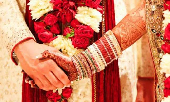 couples to wait for a year to get auspicious date for