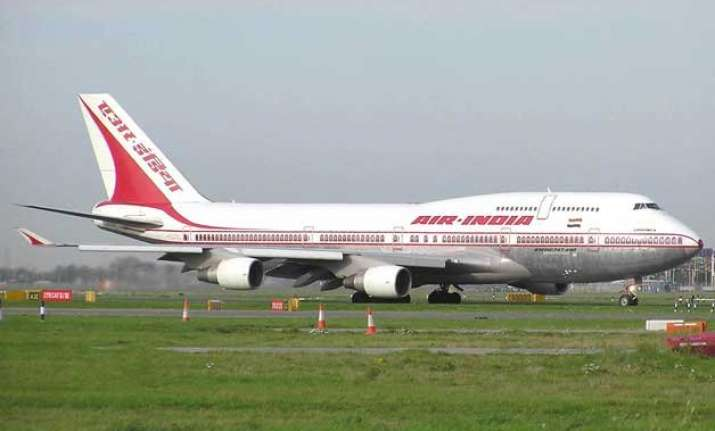 poaching of flight crew govt to call meeting of airlines