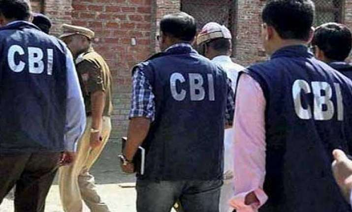 cbi arrests delhi deputy commissioner of industries for