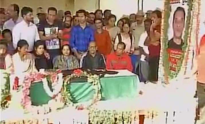 mortal remains of lt colonel niranjan brought to bengaluru