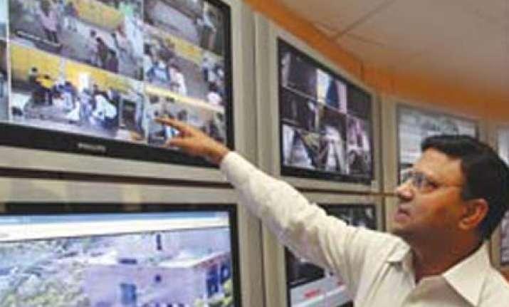 b k gupta takes over as delhi police commissioner