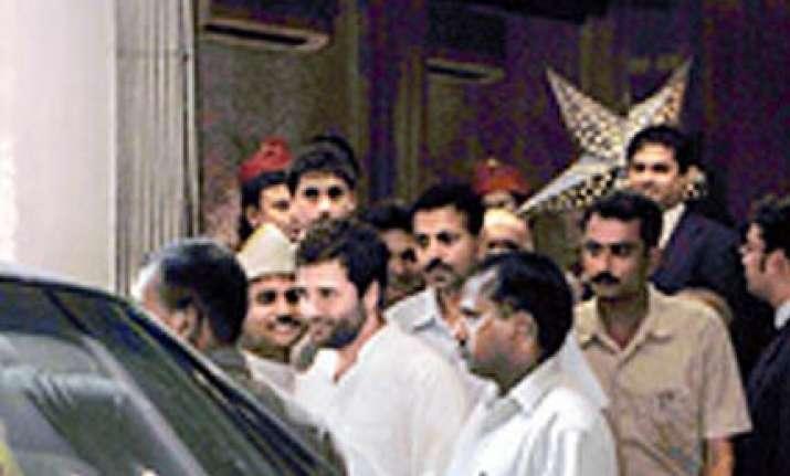 rahul makes kitty party memorable