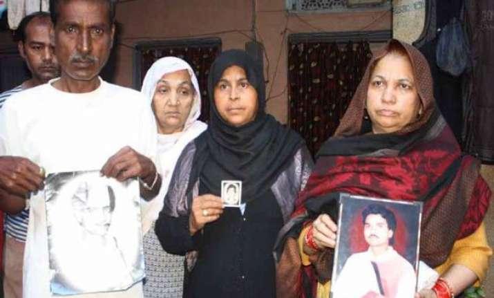 survivors families of hashimpura massacre seek justice