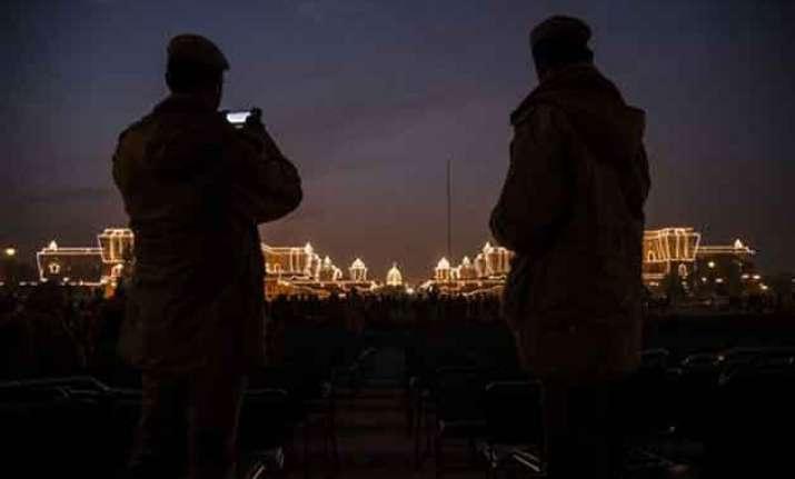 indian tunes dominate beating retreat ceremony