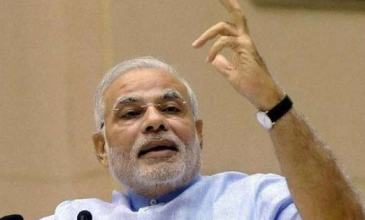 narendra modi congratulates isro scientists for successful
