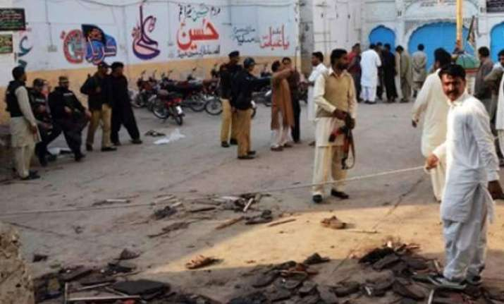 explosion rocks mosque compound in kashmir s shopian