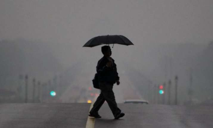 rainy friday morning in delhi