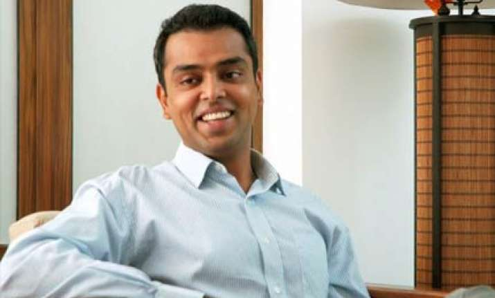 deora says he chavan meant no disrespect to national anthem