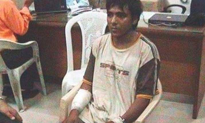 kasab insists on appearing in bombay high court