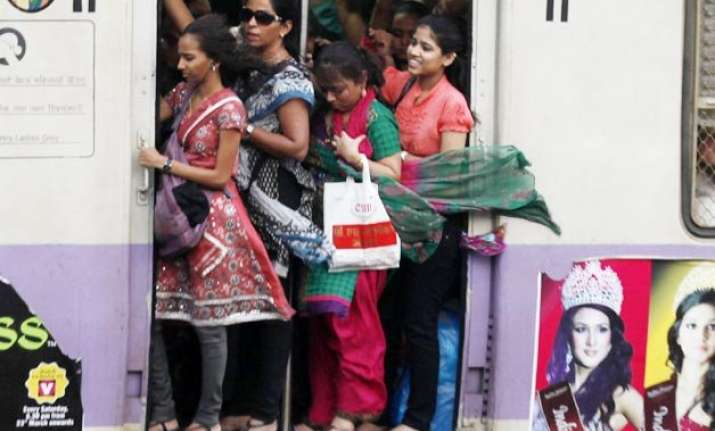 over 90 per cent indian women feel safe travelling in india
