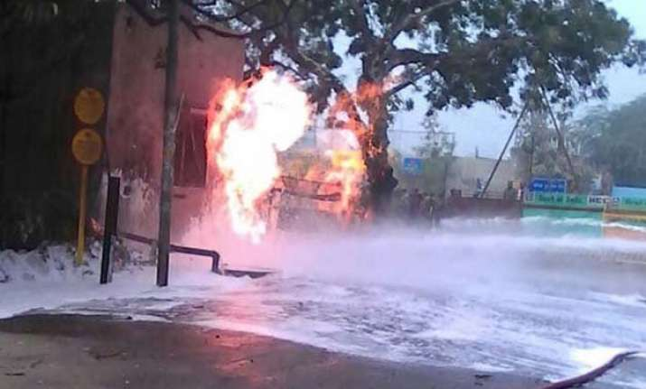 fire at gail pipeline in delhi major tragedy averted