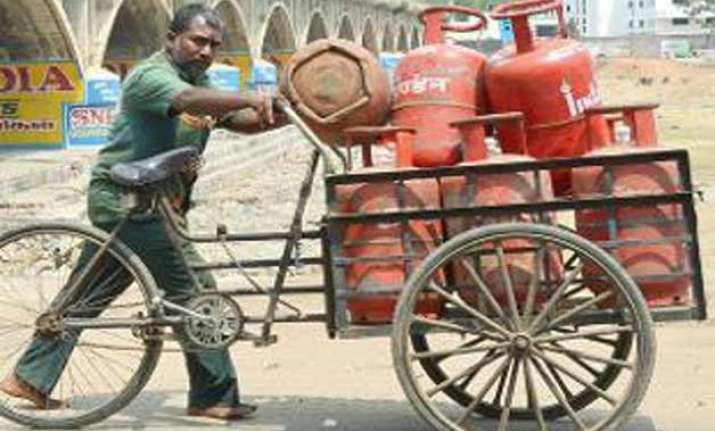 pm modi appeals to well off people to give up subsidised lpg