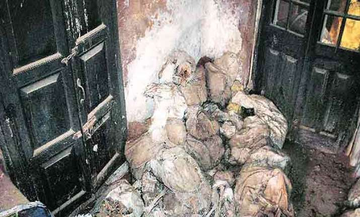 unnao discovery of skeletons committee submits report