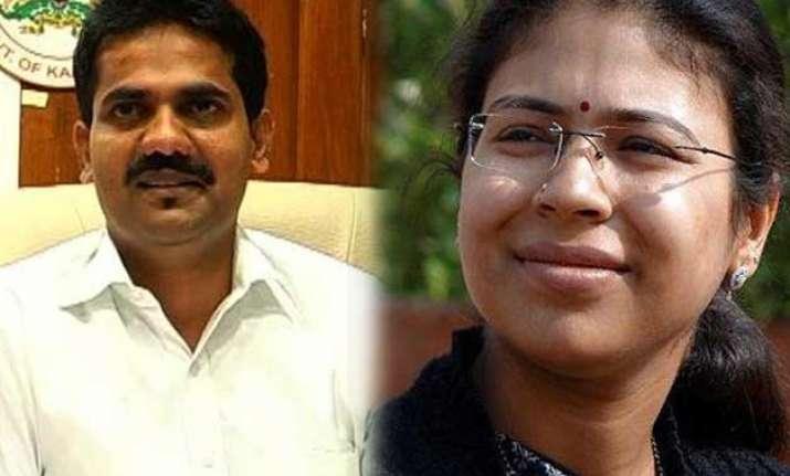 from dk ravi to durga shakti nagpal honest ias officers
