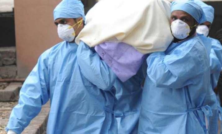 swine flu 11 die in telangana state seeks centre s help