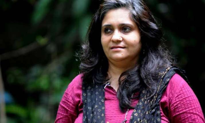 sc refers teesta s bail plea to larger bench extends relief