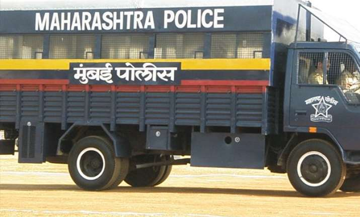manipuri woman beaten molested in mumbai s santacruz area