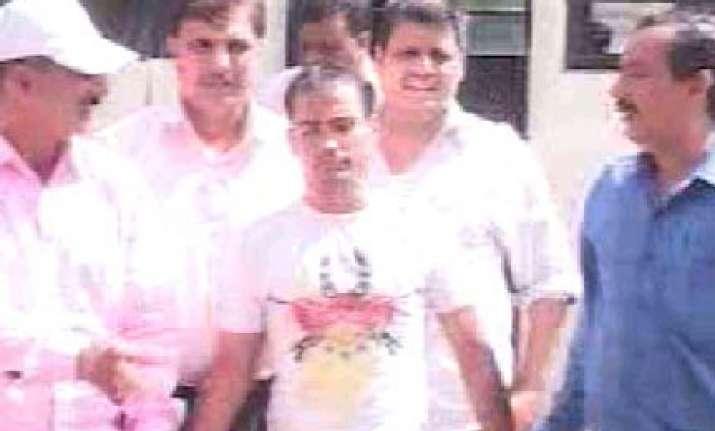 part time bollywood actor arrested in delhi for murder